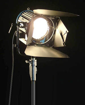 CLICK ON PHOTO - Used Arri 1K Tungsten Lighting System for Sale